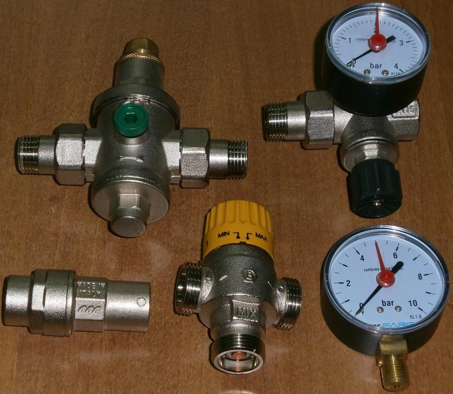 Υδραυλικά εξαρτήματα